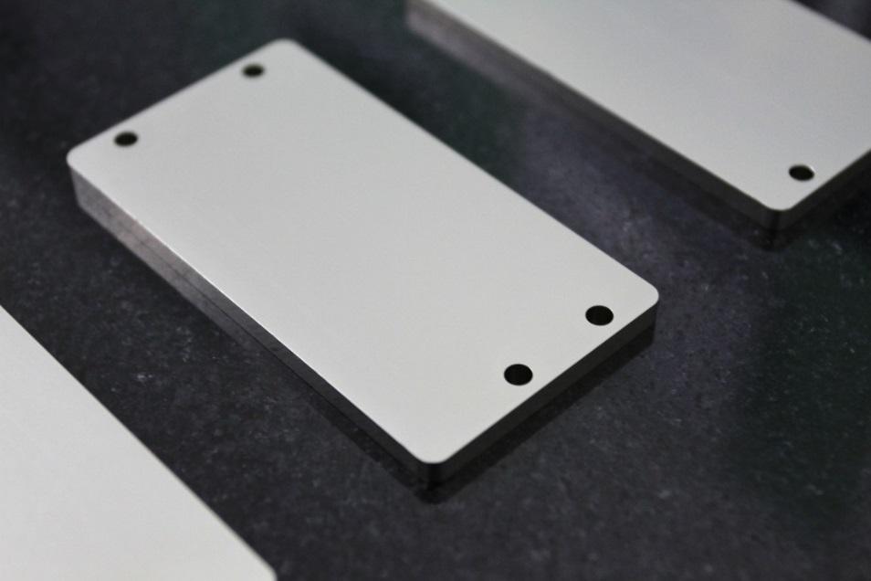 电子封装及热沉材料(图1)